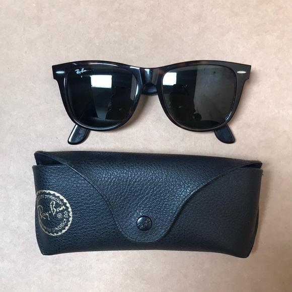 2236d59ff1529 Ray-Ban Wayfarer 54mm Sunglasses. M 5b92d88310fc540c37365497